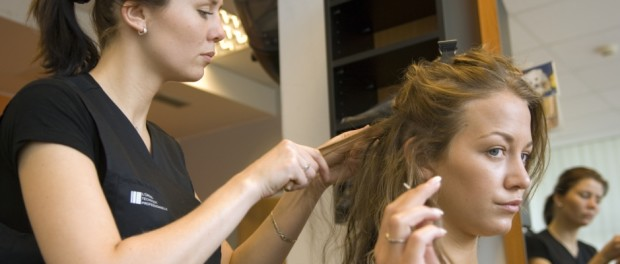 Agata Hanychova prodlouzene vlasy