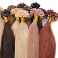 pramínky vlasů s keratinem